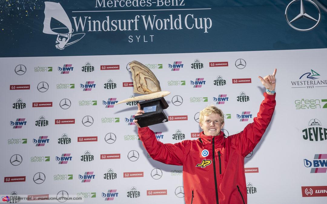 Windsurfing: 18-årige Niklas Lillelund er ny u-verdensmester i windfoil