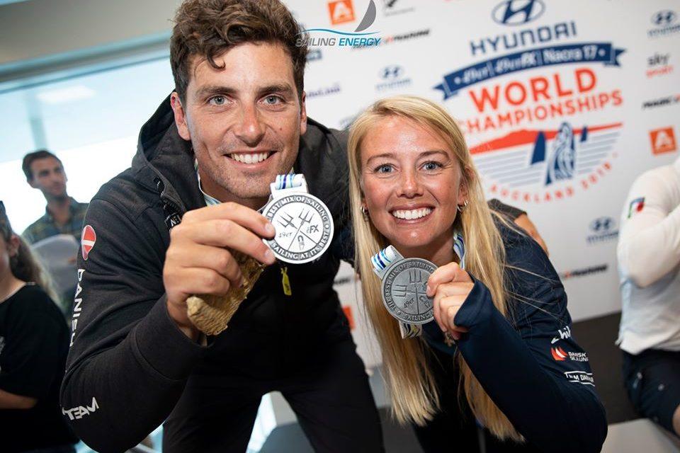 VM 19: Cenholt og Lübeck sejlede sig til sølv – kun 5 meter fra guld