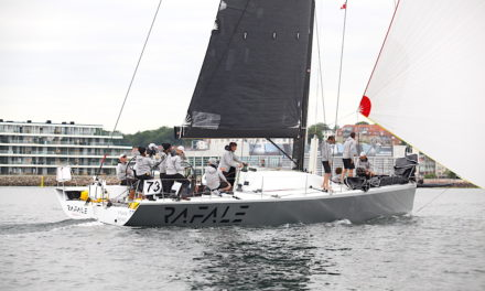 24 både i mål trods ekstrem letvindsuge – The Beast, Tri og Rafale tager Line Honours