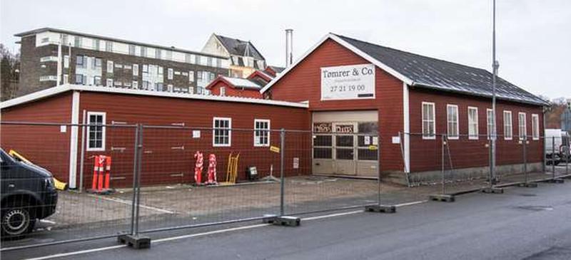 Ullmann Sails flytter, men bliver på Aarhus havn......